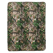 Bass Pro Shops Camo Fleece Throw