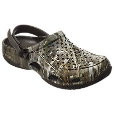 Crocs Swiftwater Realtree Deck Clogs for Men