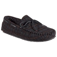 Minnetonka Moccasin Casey Flannel Moccasin Slippers for Men