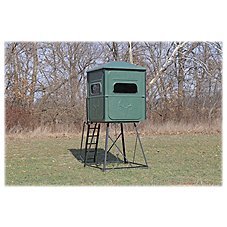 Redneck Blinds The Trophy Tower Platinum Hunting Blind with Stand
