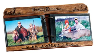 Big Sky Carvers Sportsman's Photo Album with Hunting Memories Frame thumbnail