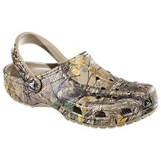 Crocs Realtree Classic Clogs for Men