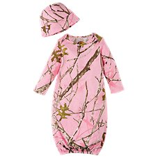 Bass Pro Shops Layette and Beanie Set for Babies