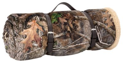 648dd2de5b58d The front features a vivid TrueTimber camo pattern, while the back touts  supremely soft, highloft berber.