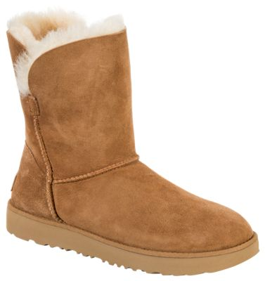 UGG Classic Cuff Short Boots for Ladies - Chestnut - 11M