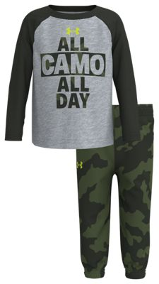 Under Armour All Camo All Day Raglan Long-Sleeve T-Shirt and Pants Set for Babies, Toddlers, or Boys – Mod Gray/Fury – 18 Months